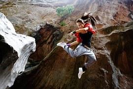jump-1461111__180
